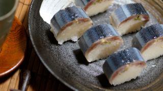 秋刀魚の棒寿司